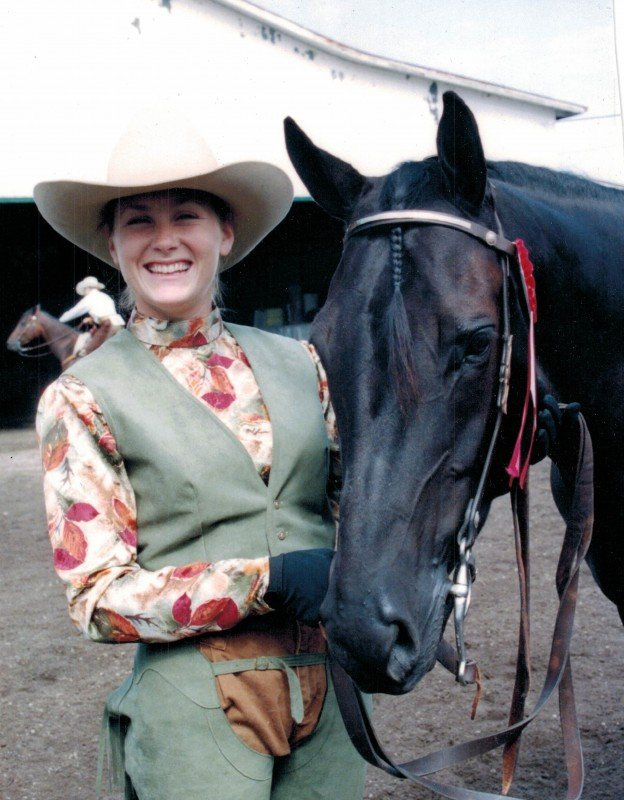 horse 201202016